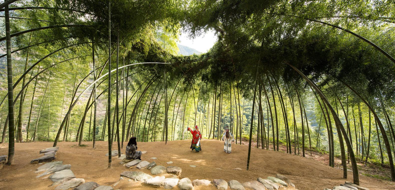 Bambuswäldchen pflanzen – gleichzeitig schattige Aufenthaltsorte und Baumaterial für Rankhilfen, Aussenraumstrukturen, essbare Sprossen...